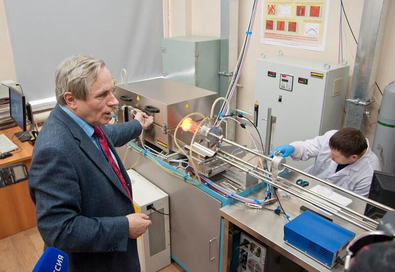 Виктор Принц рассказывает о своей лаборатории
