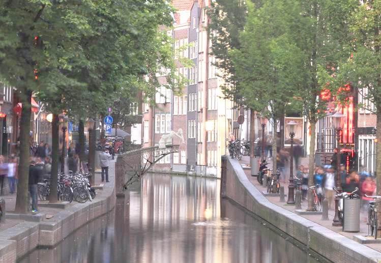 Первый мост, напечатанный из металла, появится в Амстердаме в 2017 г.