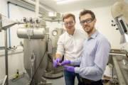 Британские специалисты создали порошковый наполнитель для быстрой зарядки литий-ионных батарей