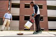 Американские студенты создали низкочастотный звуковой огнетушитель