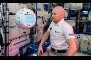 Летающий робот с искусственным интеллектом «Саймон»