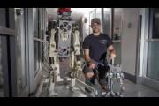 HERMES - робот, полностью копирующий движения человека