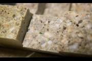Старое стекло помогает создавать более прочный и качественный бетон